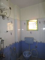 Sub Unit 15F2U00158: bathrooms 2