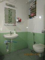 15J7U00367: Bathroom 3