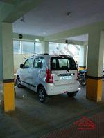 12J6U00469: parking 1