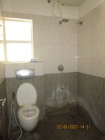 15A4U00157: Bathroom 1