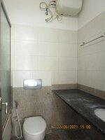 15A4U00157: Bathroom 3