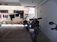 12J6U00348: parking 1