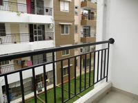 10J6U00492: Balcony