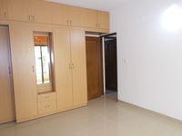 13F2U00014: Bedroom 1