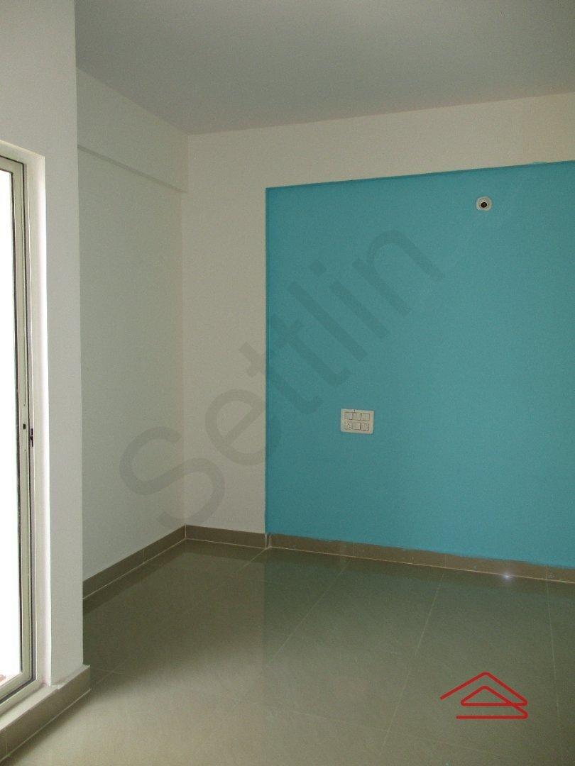15S9U00597: Bedroom 1