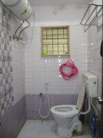 15OAU00215: Bathroom 2