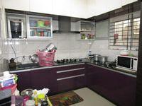 13J6U00528: Kitchen 1