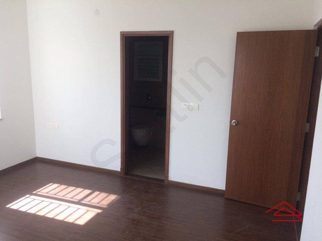 14F2U00507: Bedroom 1