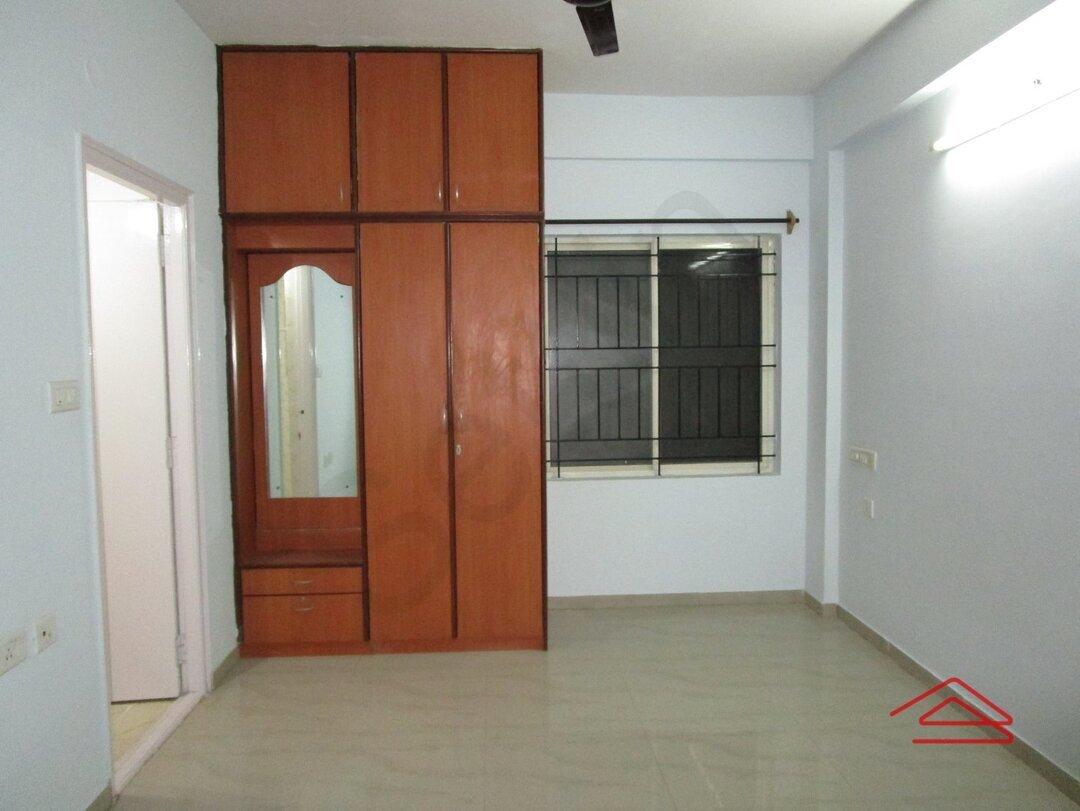 15J1U00214: Bedroom 1