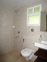 14A4U00624: Bathroom 1