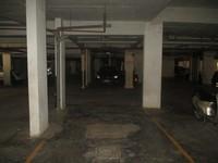 10NBU00477: parking 1