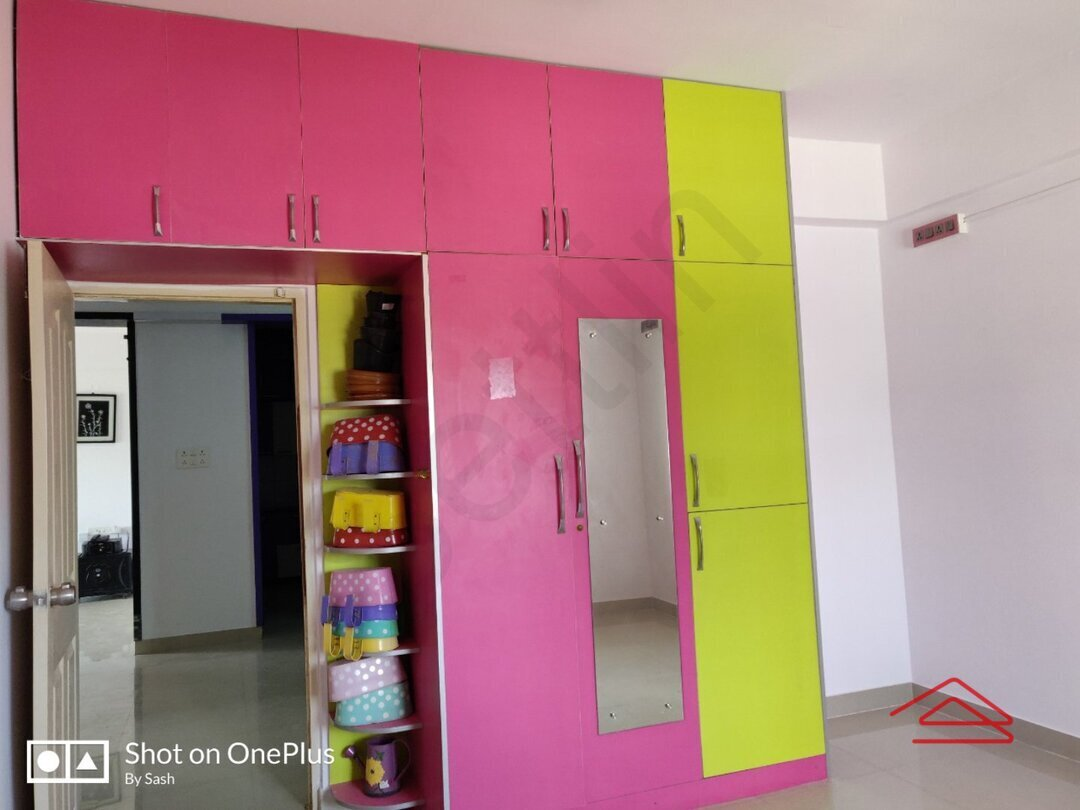 15F2U00174: Bedroom 1
