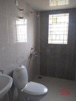 15A4U00288: Bathroom 2