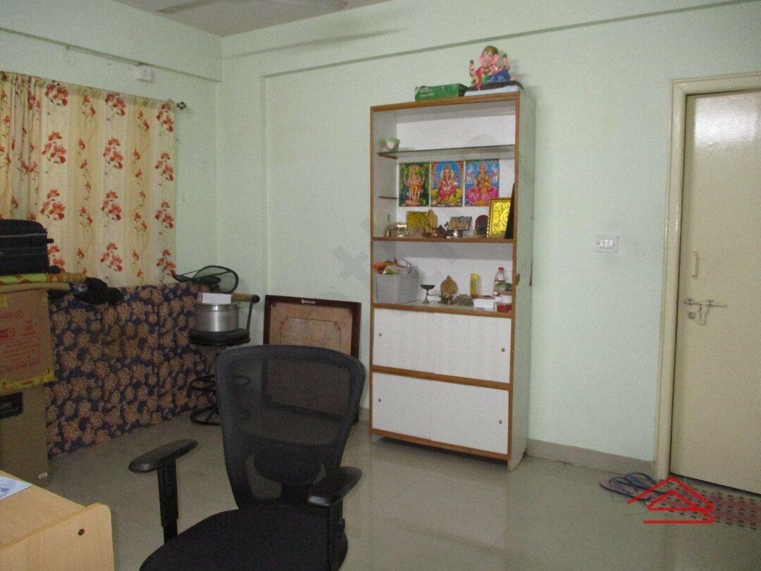 15J7U00213: Bedroom 1