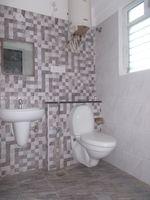 12NBU00254: Bathroom 2