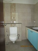 15S9U00317: Bathroom 1