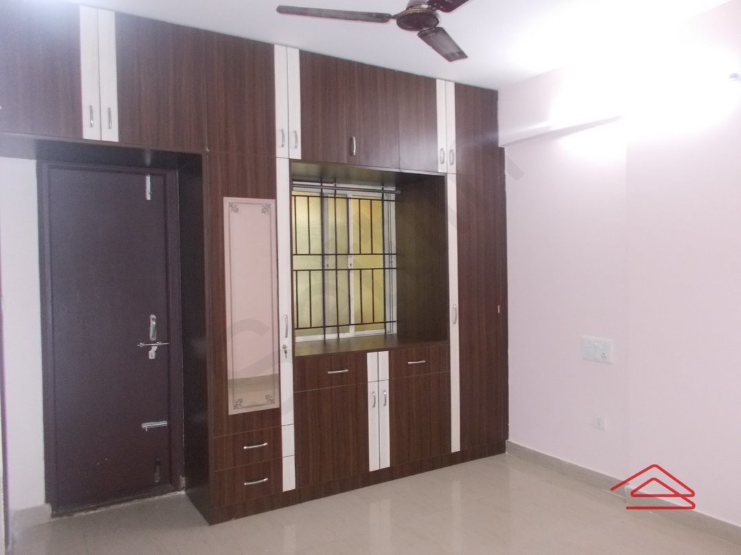 13A4U00113: Bedroom 1