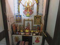 12J1U00207: Pooja Room 1