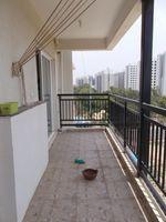 11J7U00282: Balcony 1