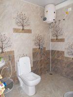 11J7U00282: Bathroom 2