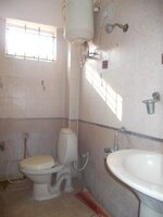 14OAU00391: Bathroom 2