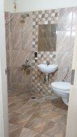 15M3U00290: Bathroom 1