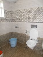 13F2U00435: Bathroom 1