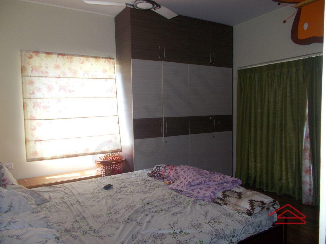 13F2U00435: Bedroom 1