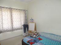 13F2U00435: Bedroom 2