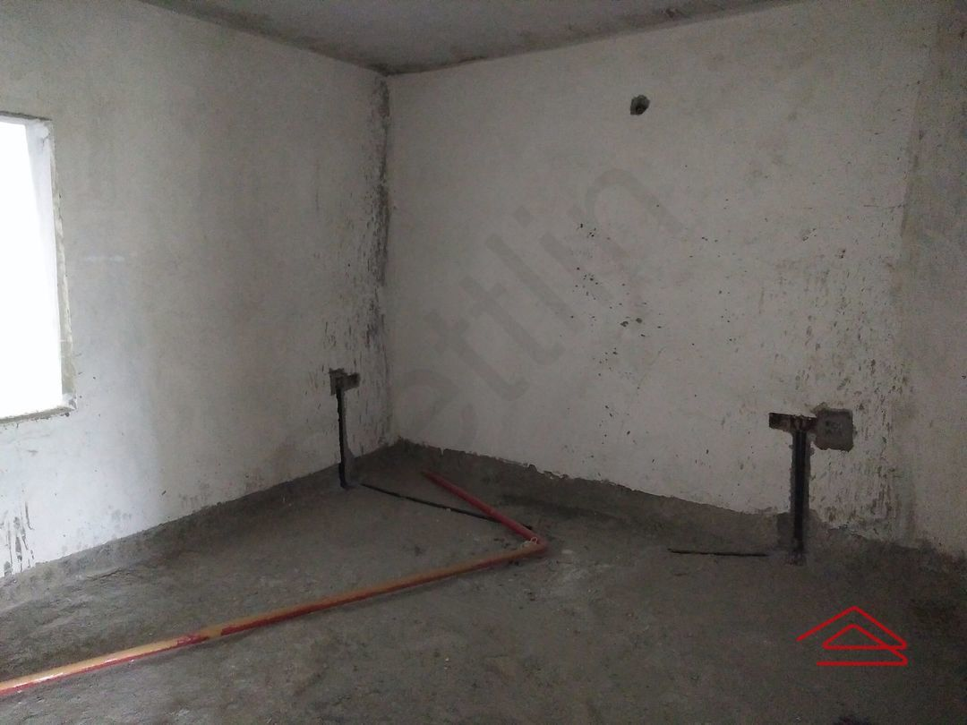 11S9U00016: Bedroom 1