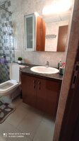 15J6U00017: Bathroom 2