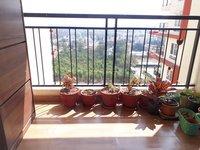 14F2U00249: Balcony 1