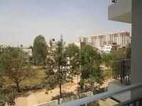 13M3U00072: Balcony 1