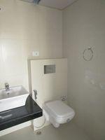 13M3U00072: Bathroom 2