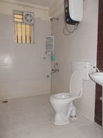 13J1U00065: Bathroom 1