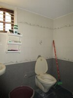 15J1U00543: bathroom 2