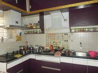 13J6U00228: Kitchen 1