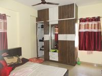 13M5U00100: Bedroom 1