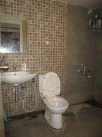 14F2U00425: Bathroom 1