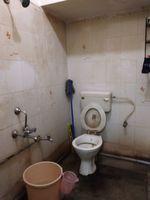 12J7U00082: Bathroom 1