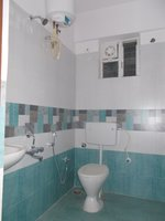 14F2U00039: Bathroom 1