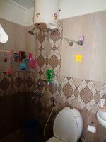 12A8U00228: Bathroom 2