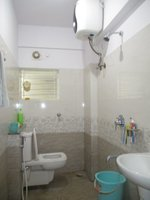 14A4U00557: Bathroom 2