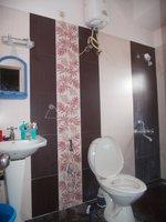 13S9U00035: Bathroom 3