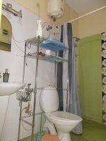 13S9U00035: Bathroom 1