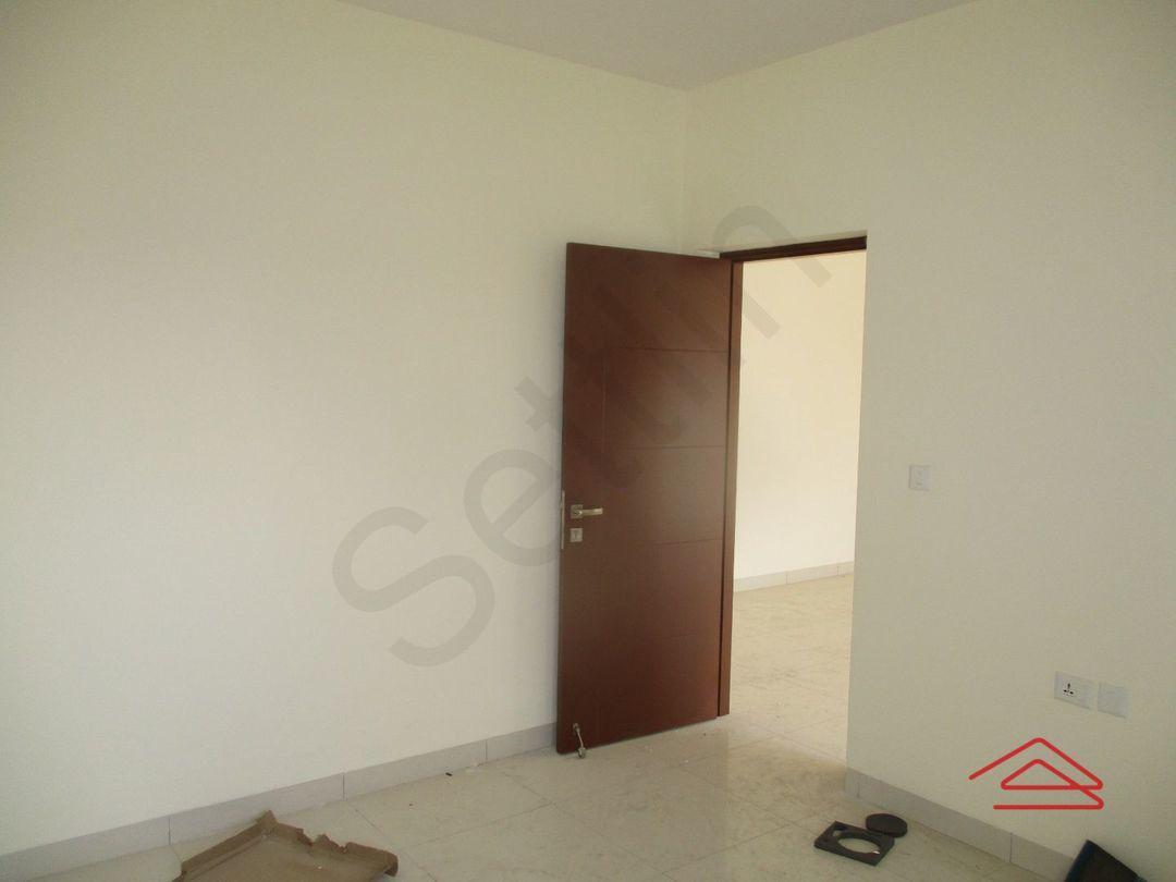 13J1U00234: Bedroom 1