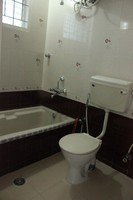 11A4U00064: Bathroom 1