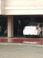 11A4U00064: parking