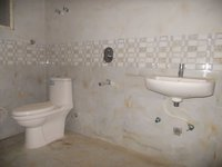 13OAU00259: Bathroom 1