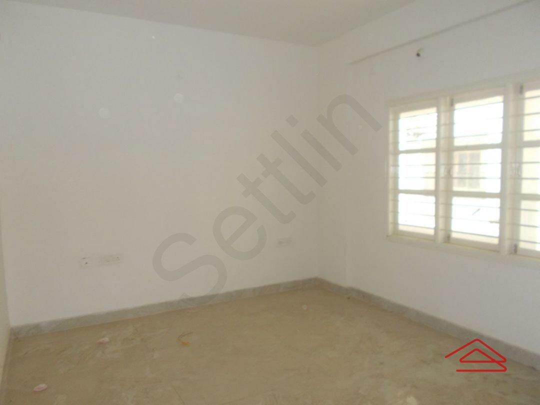 13OAU00259: Bedroom 1